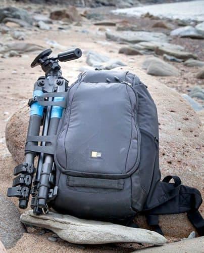Case Logcic Luminosity Medium DSLR Backpack