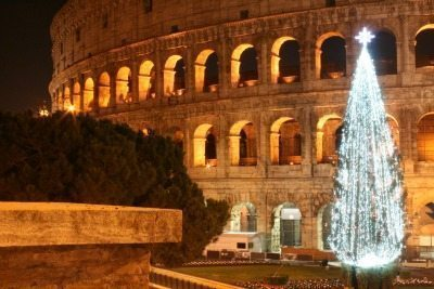 The Colosseum is even prettier during Christmas