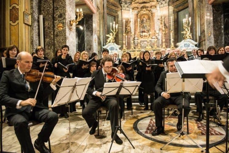 The Associazione Corale Lorenzo Perosi di Cave perform a classical Christmas concert at Parrocchia di Santa Maria in Via. Photo by Marina Pascucci