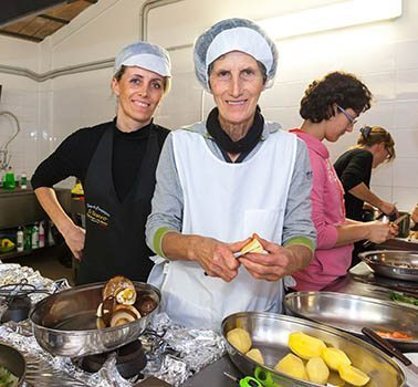 Il Tesoro cooking class with Rita Favero and her mother Carmela Ronca.