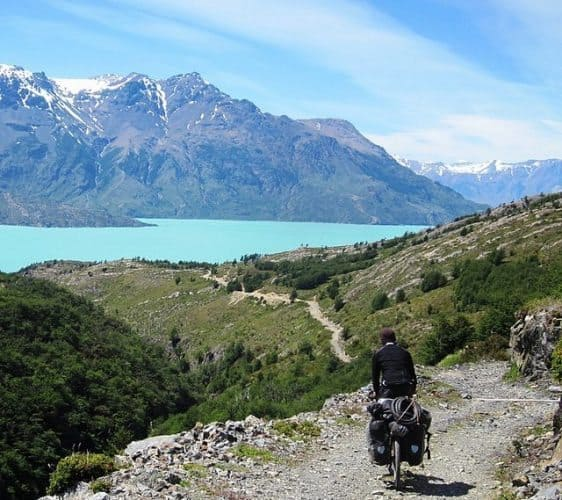 Spectacular scenery in Patagonia by bike. Stephen Fabes photos.