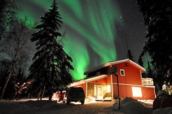 Northwest Territory: Chasing the Aurora B