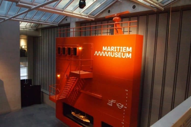 Maritime museum has interactive displays and tells the fascinating story of the Rotterdam waterfront.