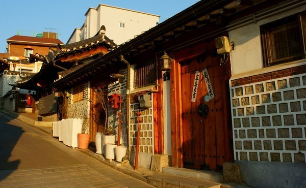 There is something artificial about the perfectly restored Hanok homes of bukchon