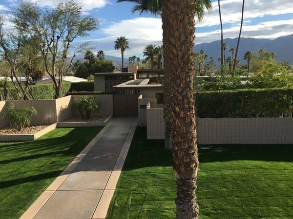 Frank Sinatra's house in the Movie Colony, Palm Springs California. Max Hartshorne photos.