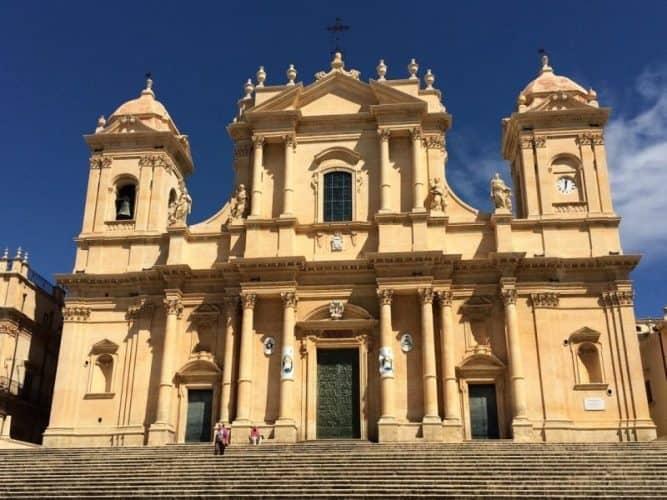 Chiesa di San Domenico Cattedrale di San Nicole in Noto. John Henderson photo.