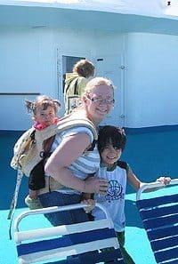 Kate Hartshorne with her children.