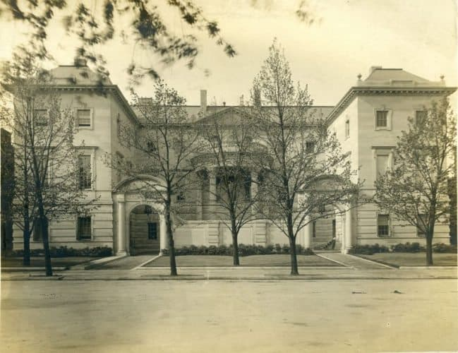 The Anderson House in 1905, located in the heart of Washington DC.