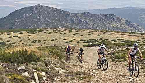 The ride to Piodao