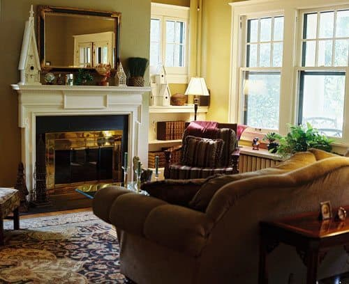 The cozy Brown Street Inn is another good choice for lodging in Iowa City, IA.