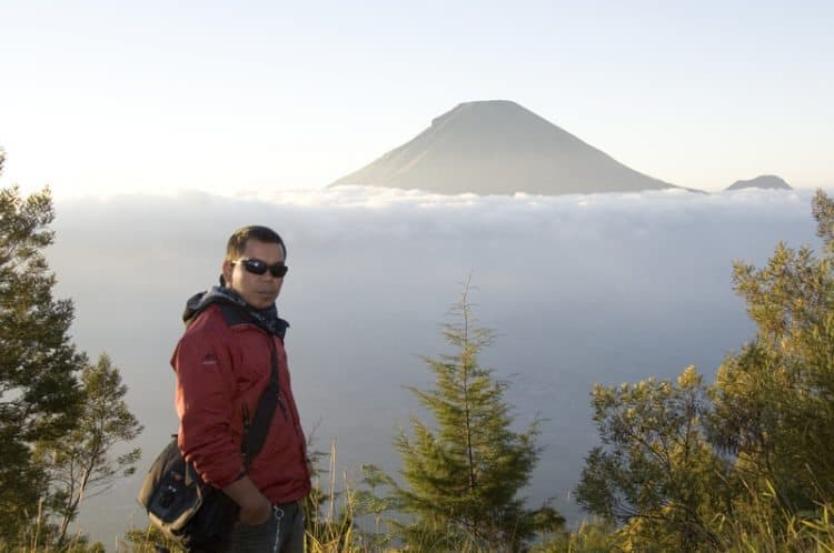 Sunrise at Gunung Sikunir, central Java.