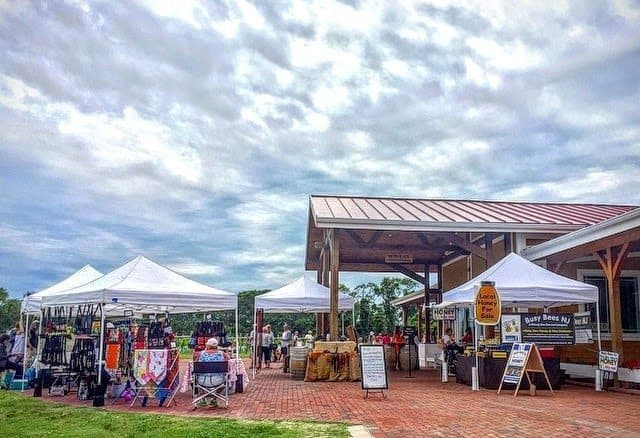 The Willow Creek winery has a vendor market to sell local crafts and foods.