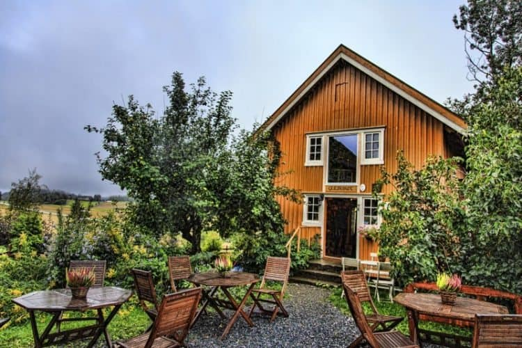 Restaurant and deli at Gulburet Dairy Farm in Norway.