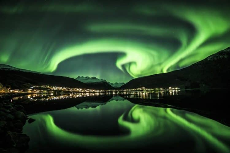 A stunning view of the Northern Lights as seen from Narvik mountain. Photo by Roger hagen.
