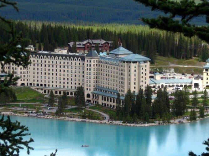 Chateau Lake Louise, like a Fairytale castle! Banff