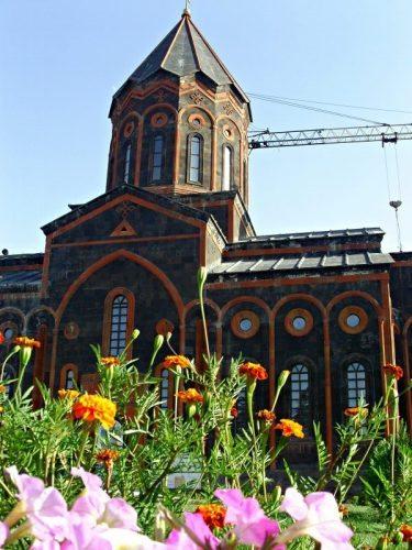 Gyumri's St Saviour's Church (1850s, crane courtesy of 1988 earthquake facelift)