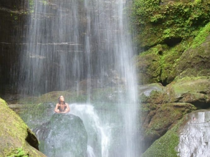 Bri Bri Waterfalls in Costa Rica. Where Inge began her long roadtrip with her daughters.