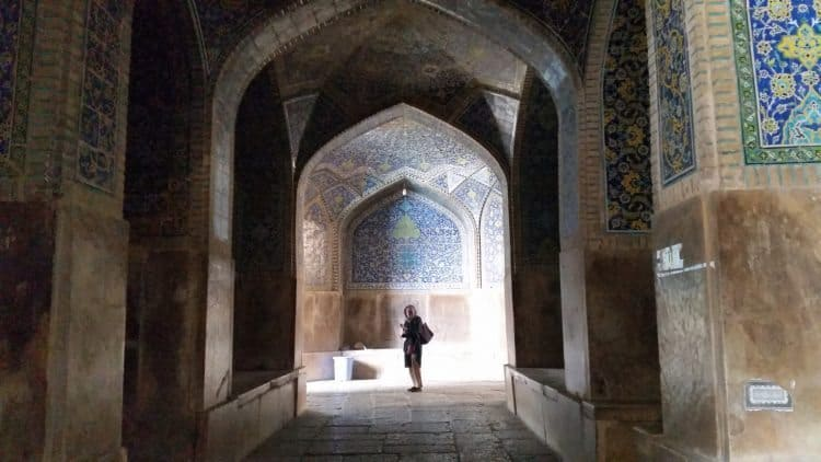 Visiting the most beautiful city in Iran, Isfahan, with its magnificent mosque complex.