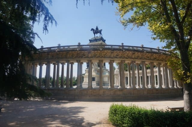 "Monument to King Alfonso XII in Buen Retiro Park (""Park of the Pleasant Retreat""). Hattie Rowan photos."