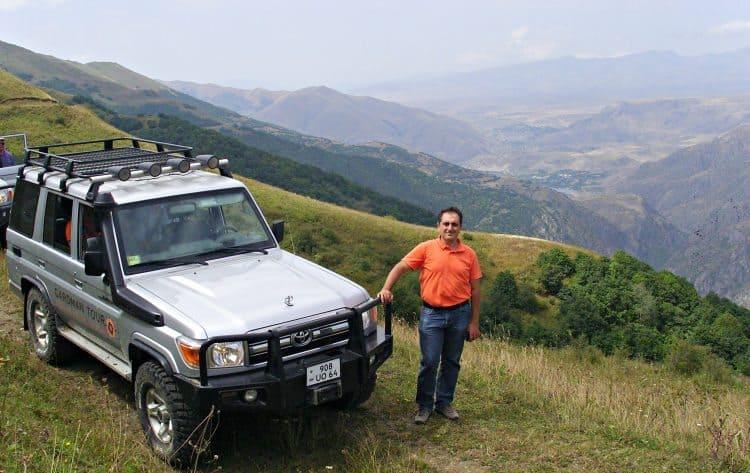 Gardman Tour owner Hayk off-roading between Ltsen and Tatev