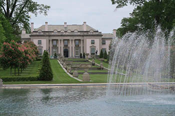 Delaware: Gardens and Mansions from Days Gone By