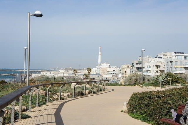 The promenade along the beach in Tel Aviv.