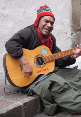 Roberto Dylan, a street musician. Victor Walsh photo.