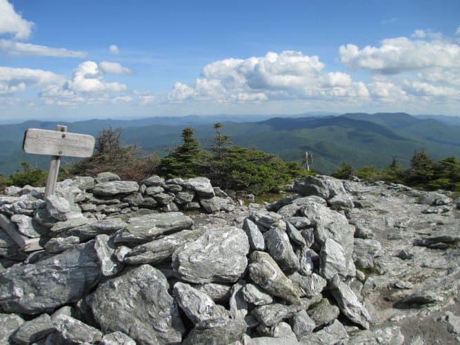 Advanced hikes reach the summit of Mt. Killington, more than 4,000 ft above sea level.