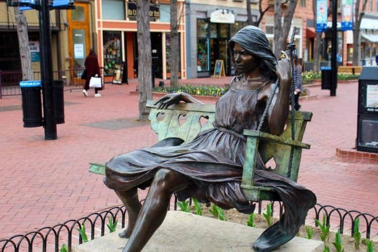 Pearl st mall sculpture