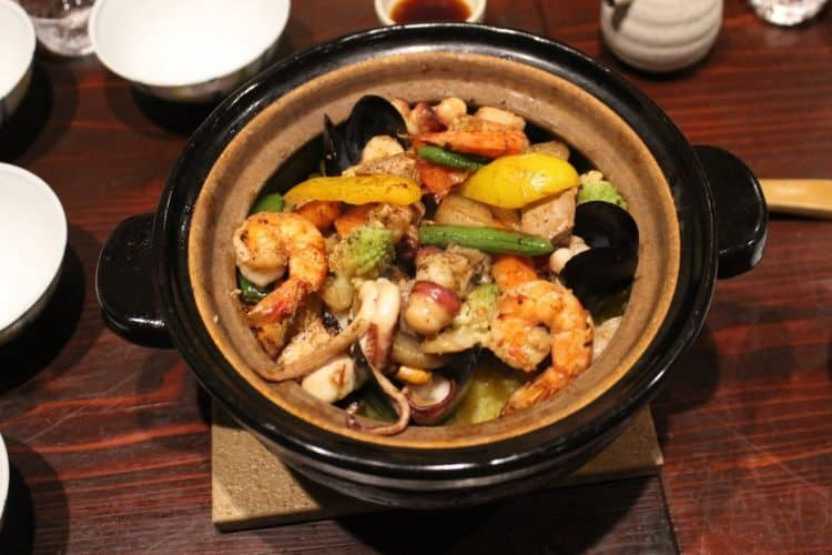 Paella at restaurant Hana Momoji