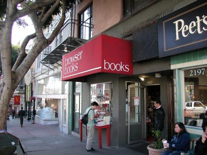 Browser Books, next to Peets Coffee in San Francisco's Cow Hollow neighborhood. SanFranciscoDays.com photo.