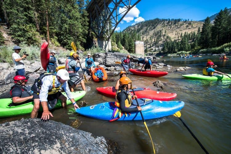 First Descents gives young cancer patients the option to fall back in love with life, in Montana's incredible wilderness and rivers.