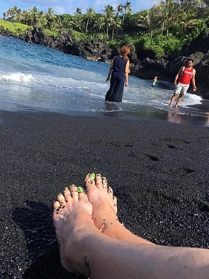 The stunning black sand beach at Wai??napanapa State Park.