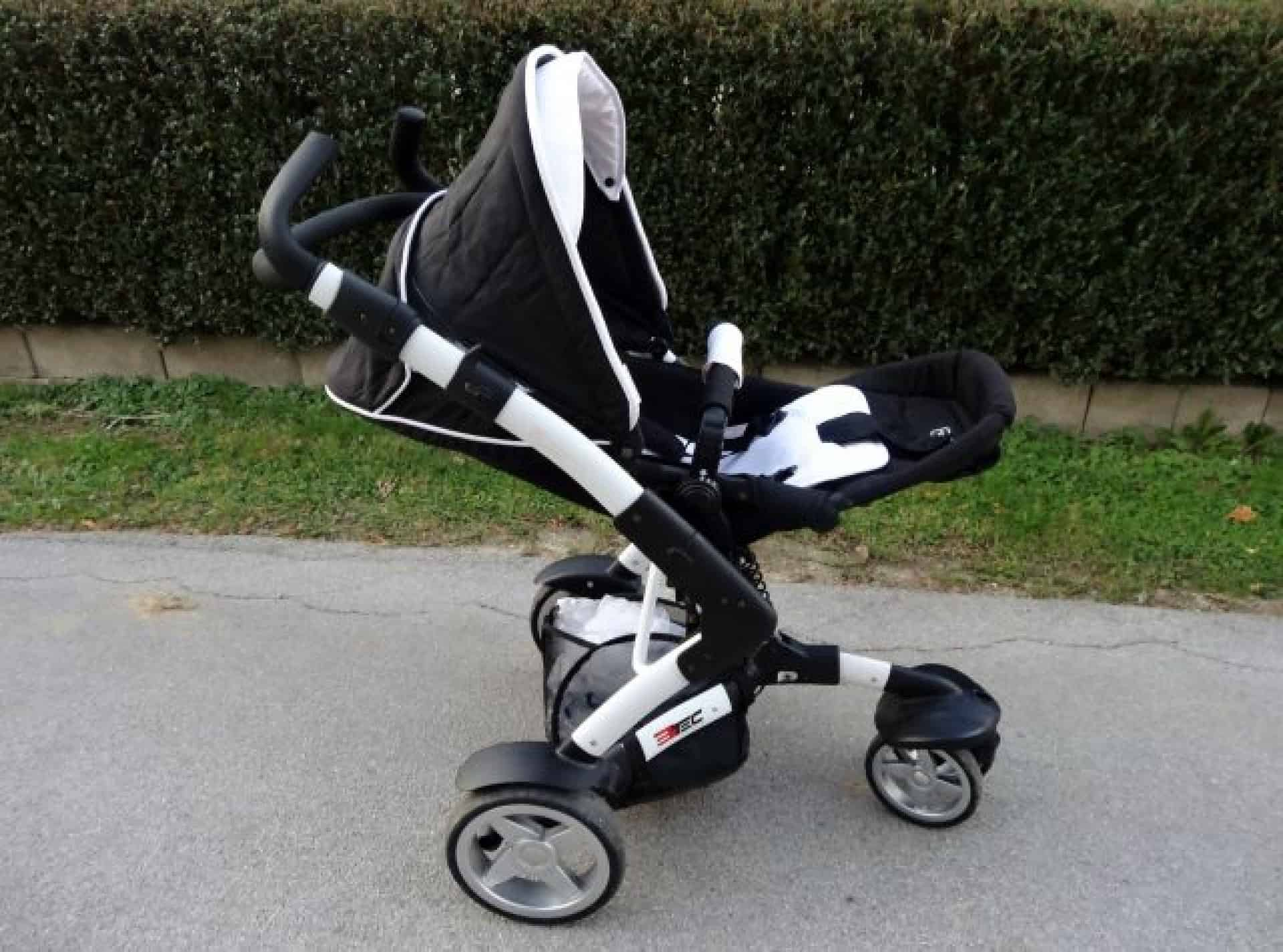 Cristopher Manuga's stroller availbale to rent on Bebalino.