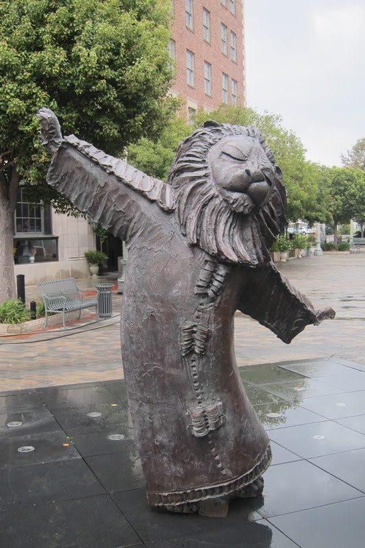 MGM Leo the Lion statue, Culver City CA.