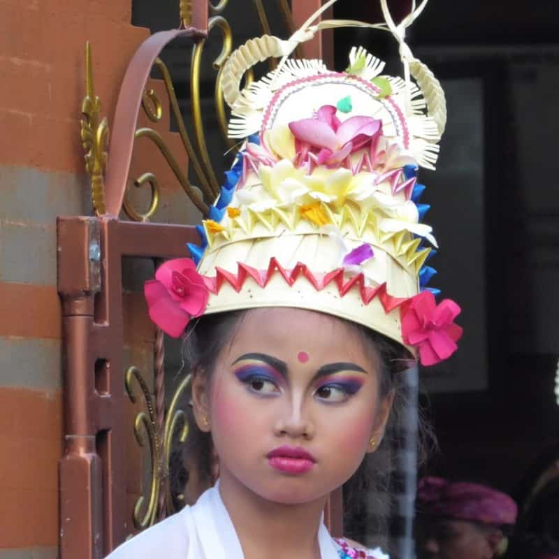 Young dancer, Odalan ceremony., Bali