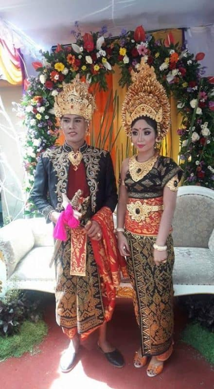 Bride and groom, Balinese wedding, Ubud, Bali.