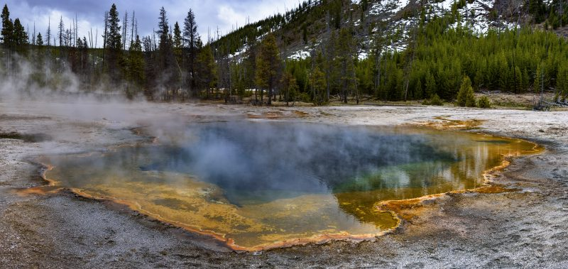 Emerald Pool, Black Sand Basin, Yellowstone National Park