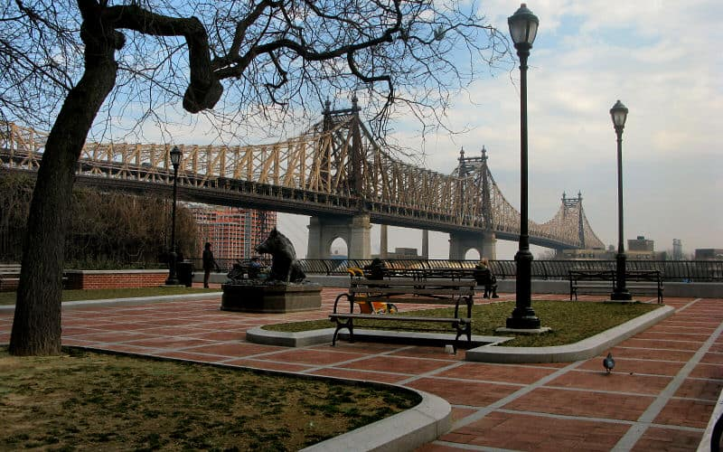 Sutton Place bi-level Park offers astonshing views of the Queensboro Bridge.