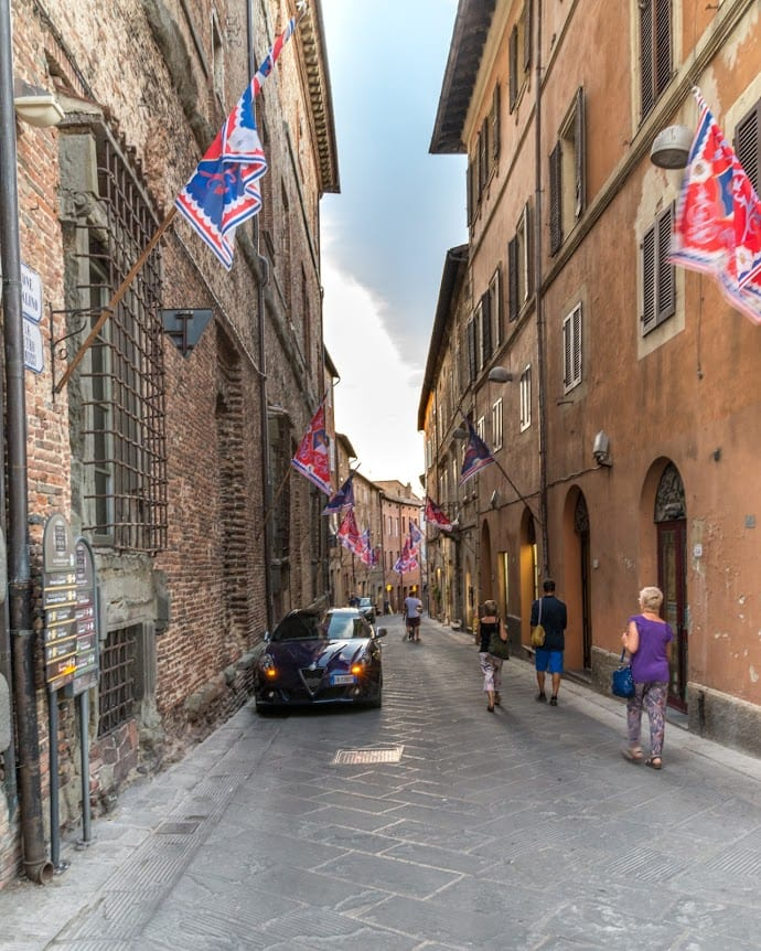 One of the narrow streets in the hill town of Citta della Pieve, Umbria, Italy