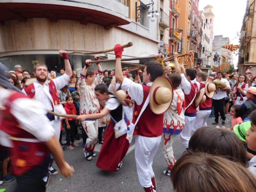 At the Santa Tecla Parade, people of all ages take part in the many performances that occur in the streets of Tarragona.