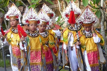 "Ubud, Bali, in Time for ""Balinese Christmas"""