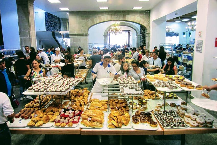 Ideal Bakery - haven for sweet-toothed Mexicans, Mexico City