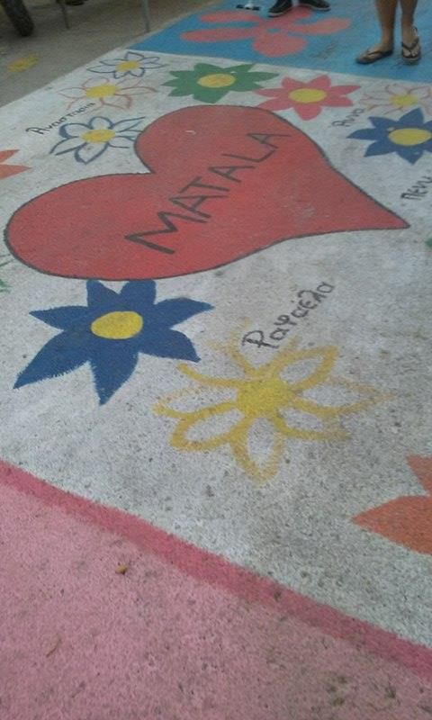 Sidewalk paintings in Matala.