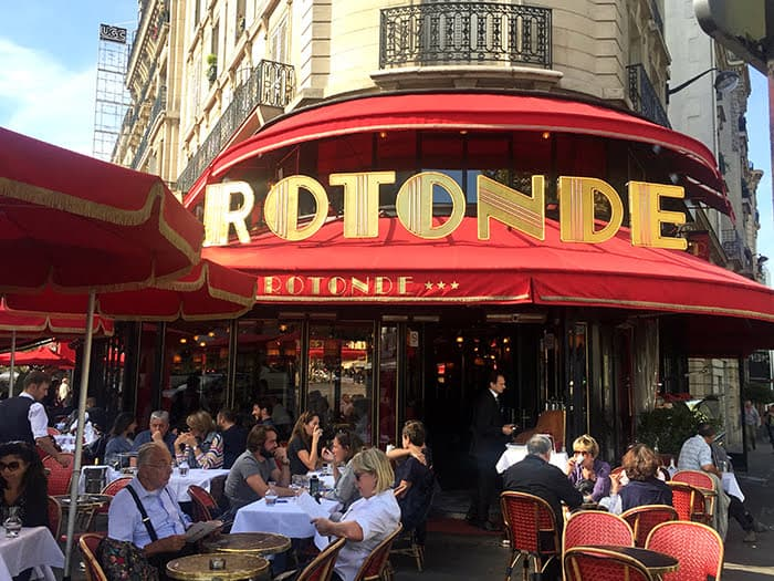 Rotonde sidewalk cafe