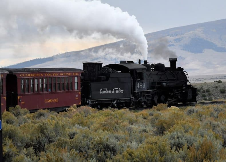 Engine 489 seen on turn with smoke and steam, the Cumbres and Toltec railroad.