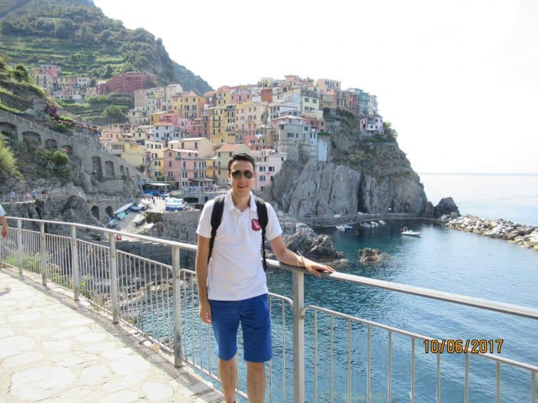 Cinque Terre: Experience Italy's Best Walk Easily 1