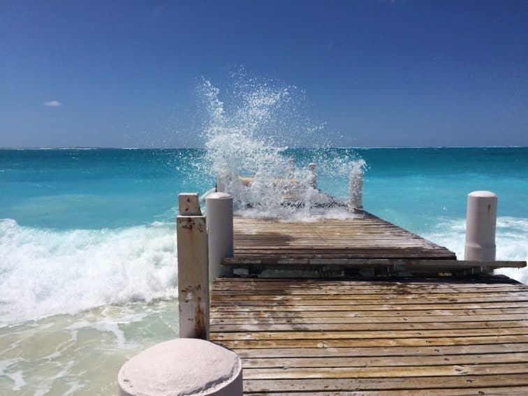Surf on the wharf on Grace Bay.