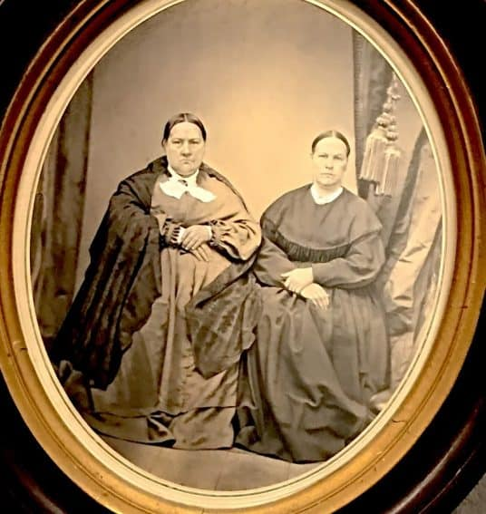 Chang and Eng married two sisters, daughters of North Carolina Quakers.