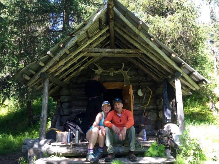 hikers rest at the Moose Valley cabin Alaska's Ridgewood Wilderness Lodge: Gateway to Adventure